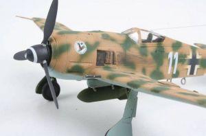 """Focke Wulf 190 F-8 & Bv 246 """"Hagelkorn"""" Revell"""